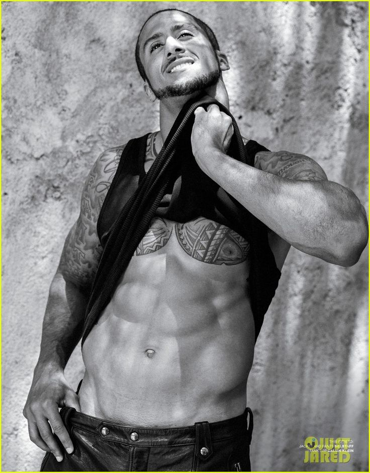 NFL Player Colin Kaepernick Bares Amazing Abs for 'V Man'! | colin kaepernick shirtless v man magazine 03 - Photo