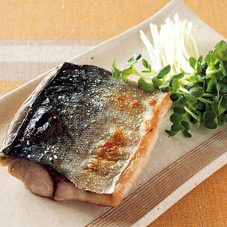 日本人のおかず Japanese meals さばの塩焼き