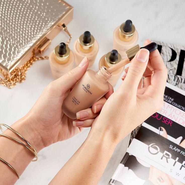 Giordani Gold Liquid Silk foundation är inspirerad av siden och ger hyn superfin finish med naturlig lyster! ⭐ beautystore.oriflame.se/HELENA