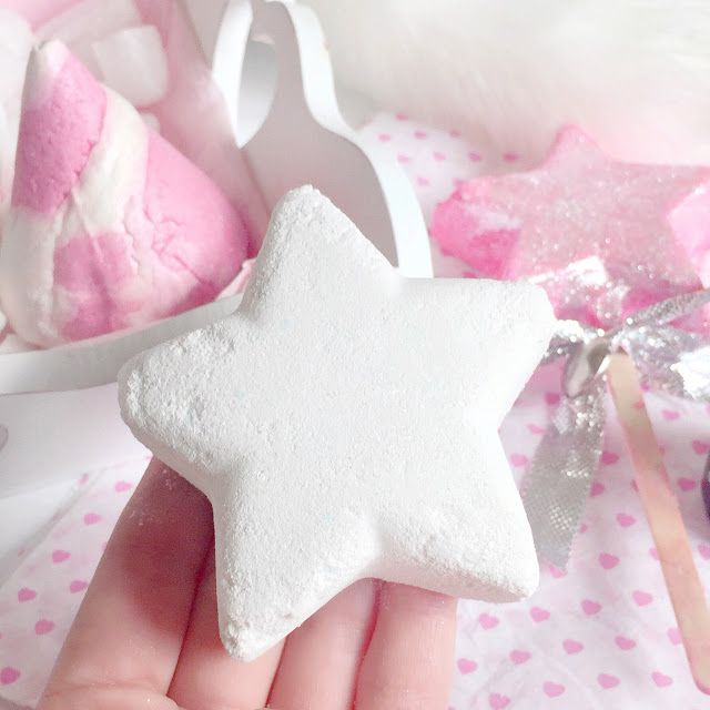 Star Dust Bath Bomb Is My Fave Christmas Bath Bomb Its So Simple But I Love It