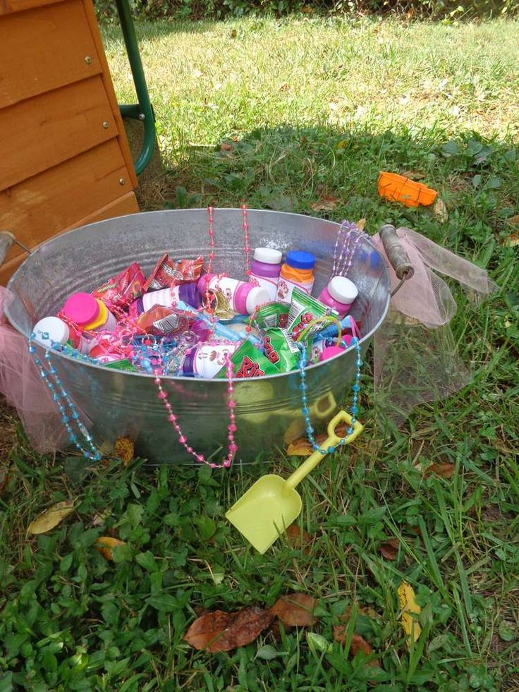 Girls Pirate Party Birthday Party Ideas | Photo 4 of 34 | Catch My Party