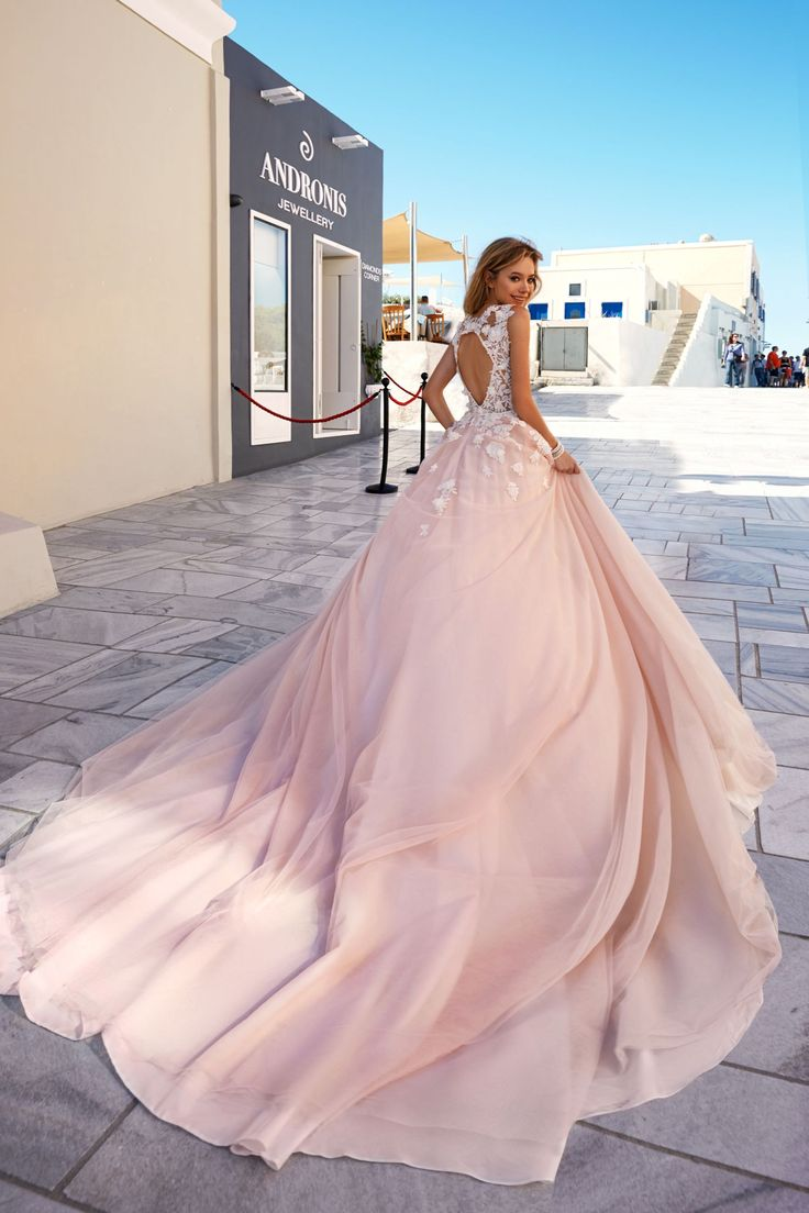 58 best Gowns Come True images on Pinterest | Santorini, Wedding ...