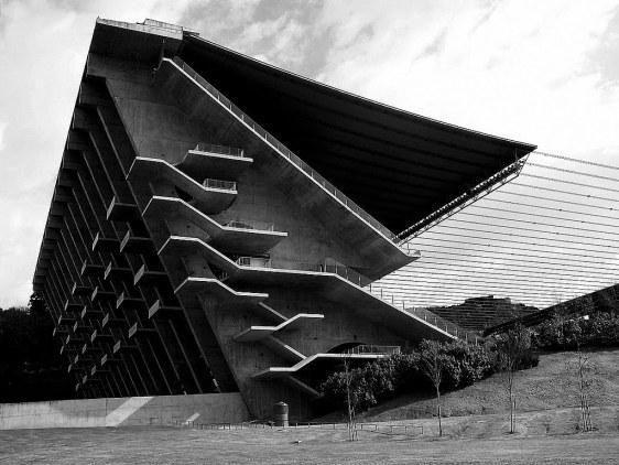 @PeriSV  #JuevesDeArquitectura  Escaleras maravillosas Souto de Moura