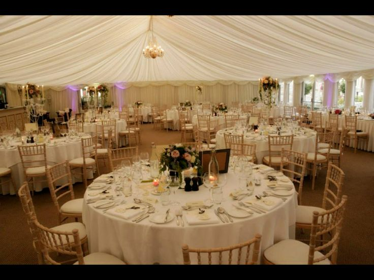 Marquee wedding castle Leslie
