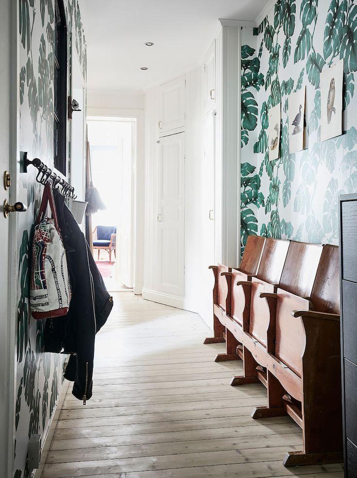 Appartement suédois entrée papier peint tropical Entrance Maklari via Nat et nature