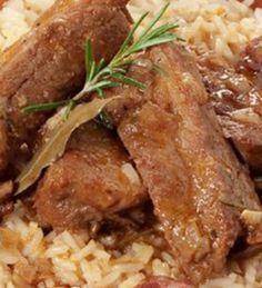 Entrecosto no Forno com Arroz - http://www.receitasja.com/entrecosto-no-forno-com-arroz/