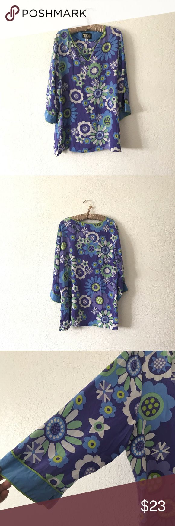 "Bob Mackie wearable art silk blouse XL Very pretty silk floral top. Sleeves aren't all the way long, 100% silk. Good condition  Bust across 24"" Length 30"" Bob Mackie Tops Blouses"