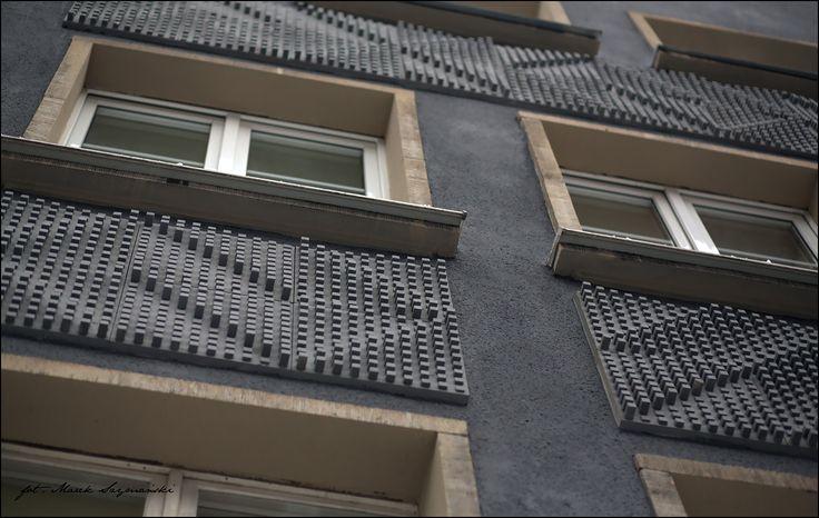 Details of #Ogarna 2.0 in #Gdańsk | Maciej Pakalski. More info here: www.urbanforms.or... . Pic by Marek Szymański #MaciejPakalski #streetart #urbanforms  #fundacjaurbanforms