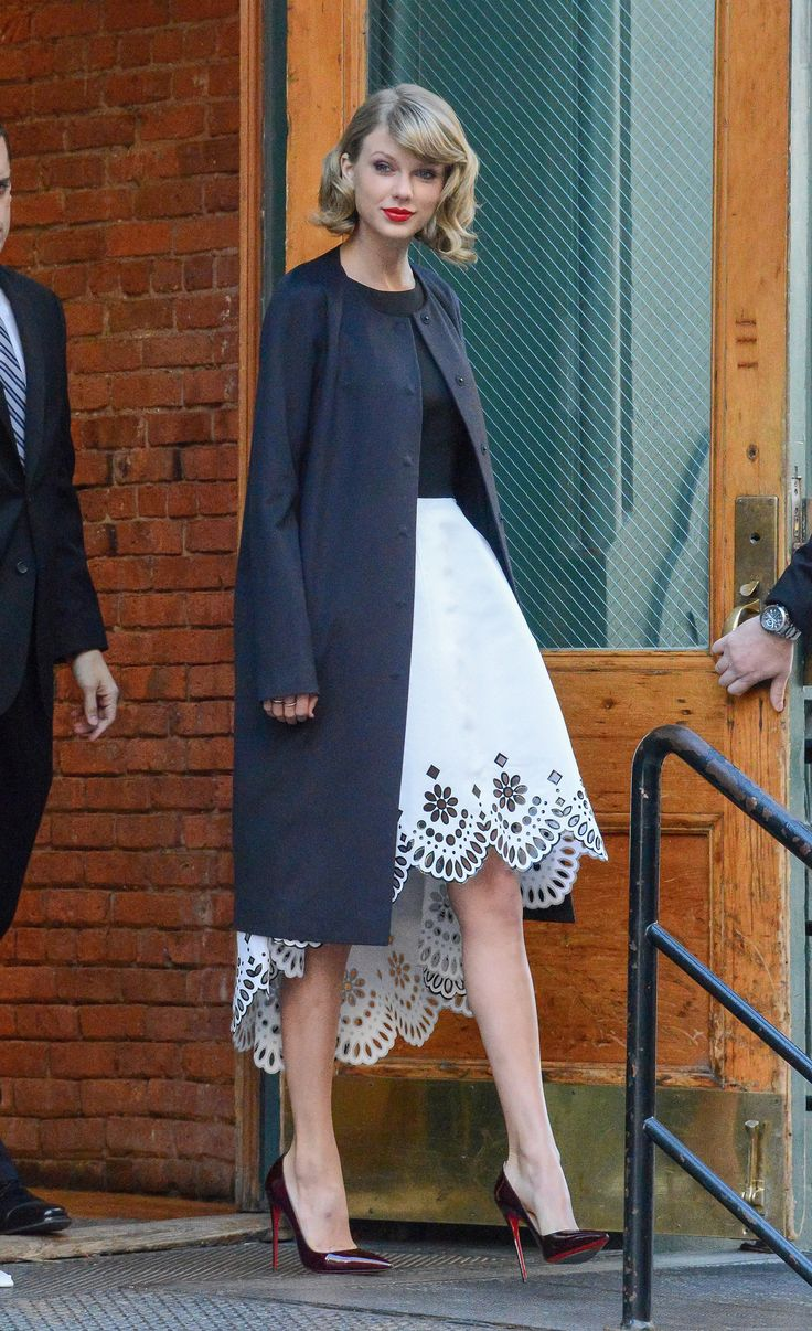 Taylor Swift Takes NYC Street Style to the Next Level - MarieClaire.com So classy, classy.