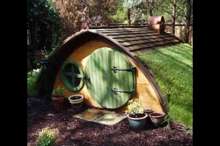 16 best images about play den on pinterest a tree play for Hobbit style playhouse