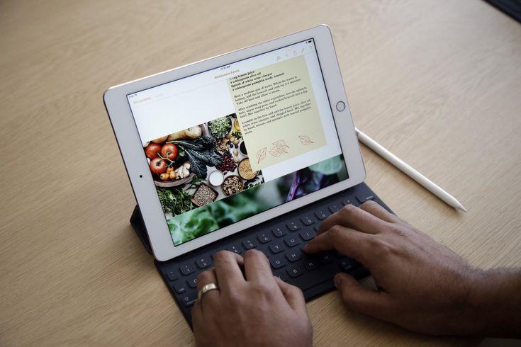 hỏi đáp iPad Pro có thể thay thế Laptop để làm việc không? Một câu hỏi chắc có rất nhiều người dùng đang thắc mắc, vì thế hãy cùng nhau kham khảo iPad Pro có thây thế Laptop được không nhé
