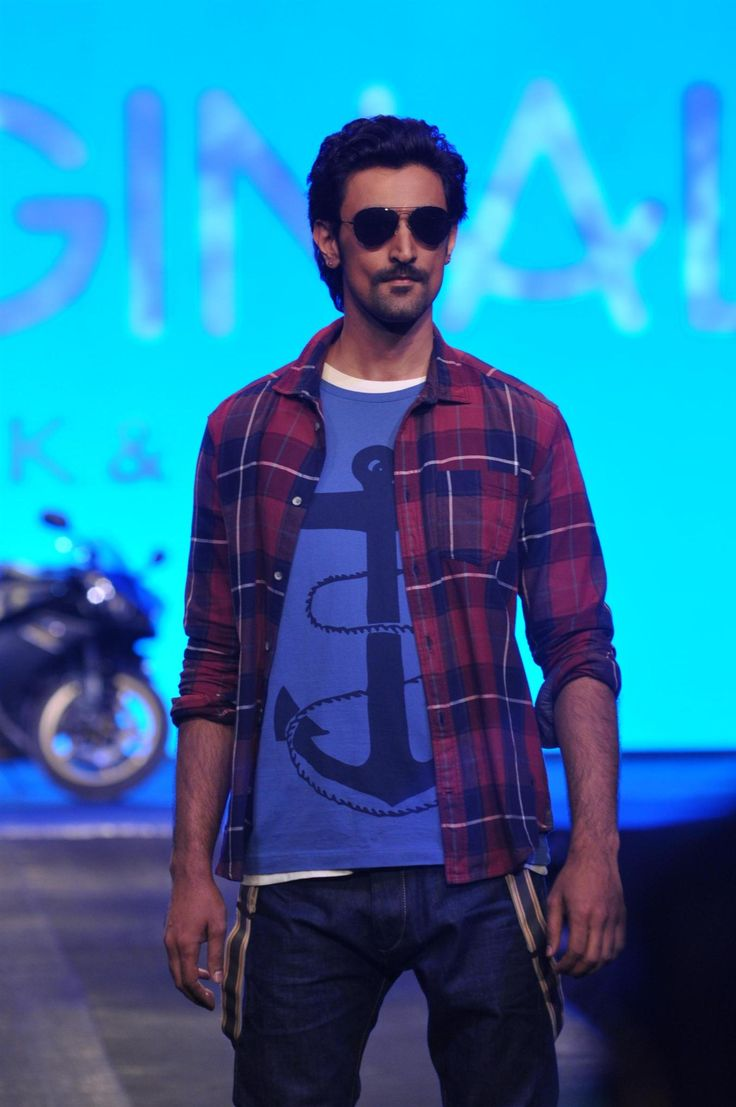 Here is a list of 5 things that you should know about the tall, good looking man. #kunal #kapoor #actor  http://www.glamoursaga.com/2016/11/18/knowing-kunal-kapoor/