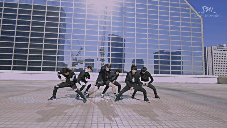 SM Rookies w/ a dupstep piece. Expected high quality, got high quality; just another average day with SM <3