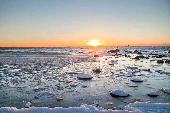 finland rihtniemi pyhäranta landscape ice sea sunset
