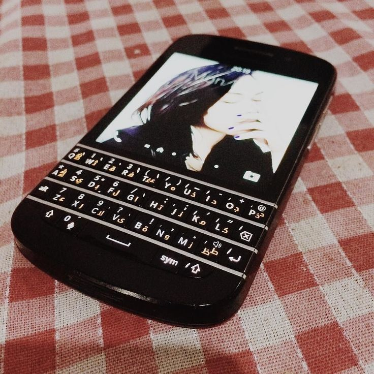 BlackBerry Q10 #PoweredByBlackBerry #Amazing #XtremeBBerry #BBEliteWin #LifeStyle #Luxury #ILoveBB10 #IChooseBlackBerry #LoveBlackBerry #LuxuryBlackBerry #AmazingPhone #BlackBerryForLife #Nice #BB10 #TeamBlackBerry  __________________________________  #ReGram @rianjamandre: My forever Phone  #blackberry #Q10 #forever #vsco #vscoph #vscocam