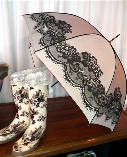 Victorian Ruffles & Lace Umbrella