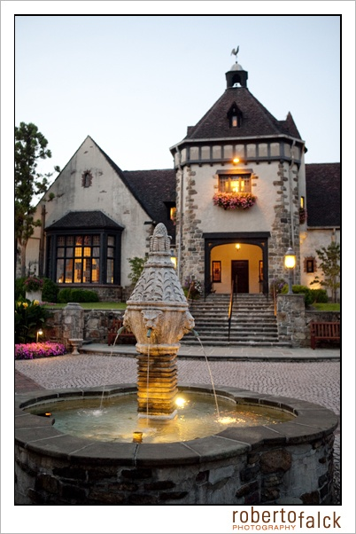 Wedding Venue in New Jersey.  Pleasantdale Chateau.  photo by Roberto Falck Photography.  www.robertofalck.com