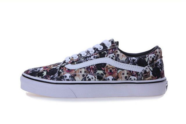 37016170795290 Vans ASPCA U Authentic Collection Dogs Prints Off the Wall Skateboard  Sneakers  S410293  -  39.99   Vans Shop