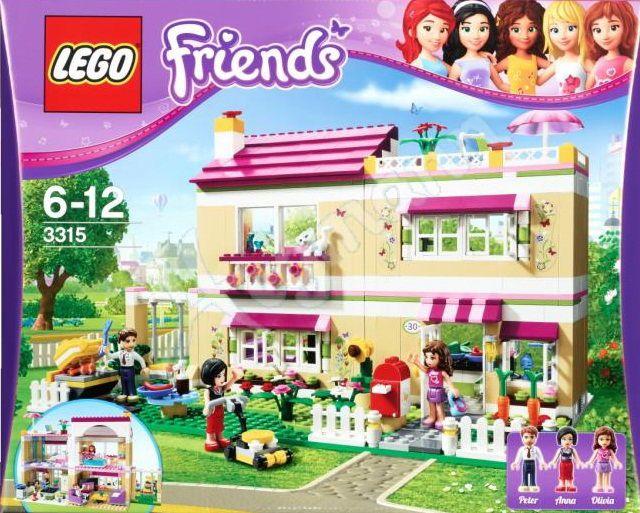 Visite la maison d'Olivia avec toutes les amies LEGO Friends! Olivia, ses parents et son chat vivent dans une grande maison lumineuse avec de nombreuses pièces pour se reposer et s'amuser. Aide Olivia à faire un barbecue pour les filles! Tonds la pelouse avec la tondeuse. Écris dans le journal d'Olivia et joue à la balançoire dans le jardin! Puis, invite tes amies à dormir ou organise une fête! La maison d'Olivia est construite en plusieurs sections pour la réorganiser facilement…