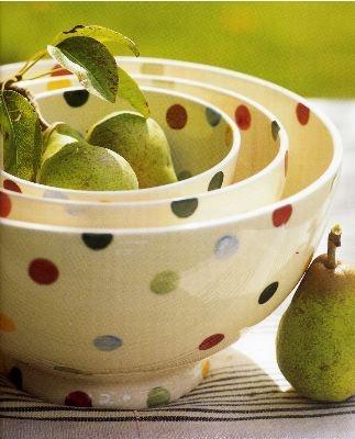 nest of Emma Bridgewater polka sponge ware bowls