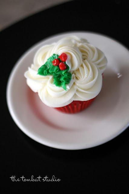 pretty Christmas cupcake <3