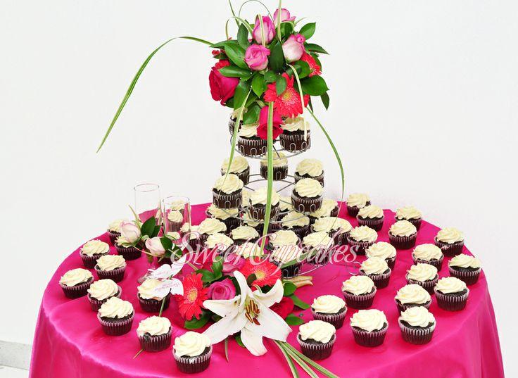 Cupcakes de chocolate con crema de mantequilla    ♥ Ideales para matrimonios y fiestas.    Copyright® Sweet Cupcakes