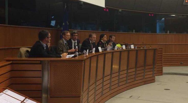 Μαριάς: Να αποζημιώσει η τρόικα την Ελλάδα για τα εγκληματικά λάθη του ΔΝΤ