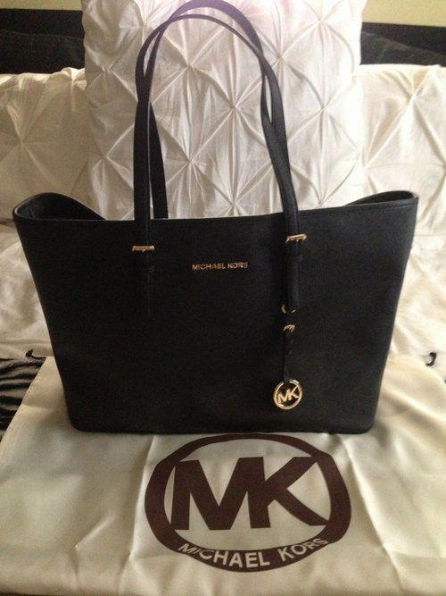 Authentic MK Handbag -  180  Designerhandbags  56d2e93525ff6