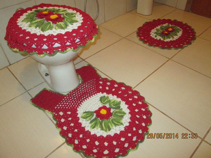 Jogo de Banheiro 3 peças, tapete da pia, tapete do vaso, tampa do vaso (100% algodão). Cores de sua preferência.;