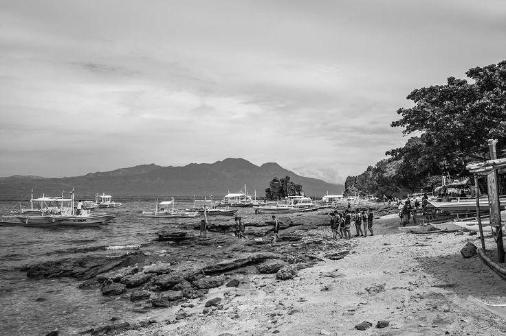 Hey Dumaguete! Just landed. #travel #nature #beach #island #islandlife #bnw#bnw_captures #blackandwhite #monochrome