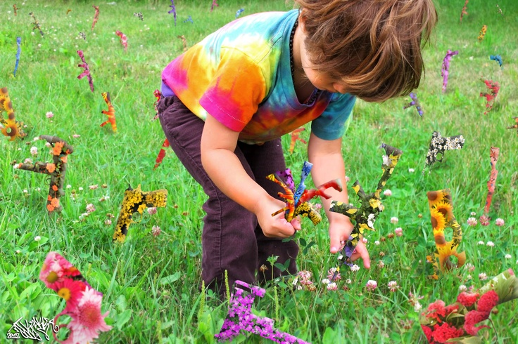 Picking Flowerarms. 2012.