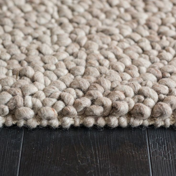 Mackenzie Floor Rug- Natural Straw