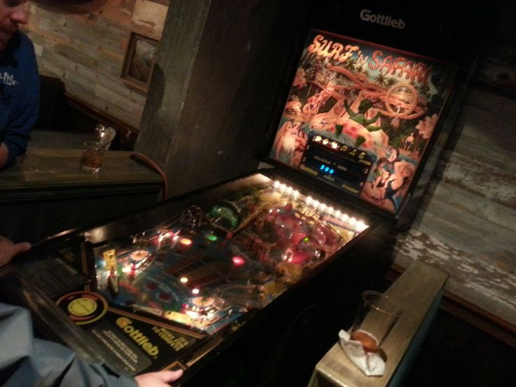 Starting the weekend with free pinball at Longboards