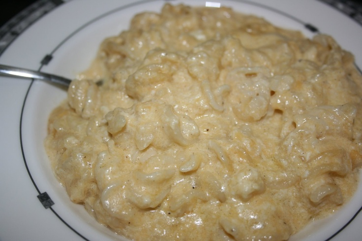 Slow Cooker Mac -1/2uncooked mac, 4 c evap milk, 2 eggs, 4 c shredded cheddar, 1/2 t kosher salt, 1/2 t pepper, 1 t dried mustard  Spray crock well with pam. In bowl, whip egg & milk together, Stir in spices. Add cheese and noodles, stir well. Pour into crockpot.  It will be very liquidy.  Cover and cook on low for 2-5 hours, or high for 1-3, stir once or twice. cooking time will vary depending on what size crockpot you are using, and how quickly it cooks.   Mine cooked 3 hrs on high.