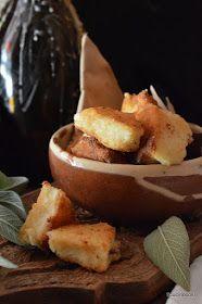 Semolino fritto Uno degli spuntini più sfiziosi della cucina piemontese sono i frittini di semolino, immancabili nel fritto misto alla piemontese. Si poss...