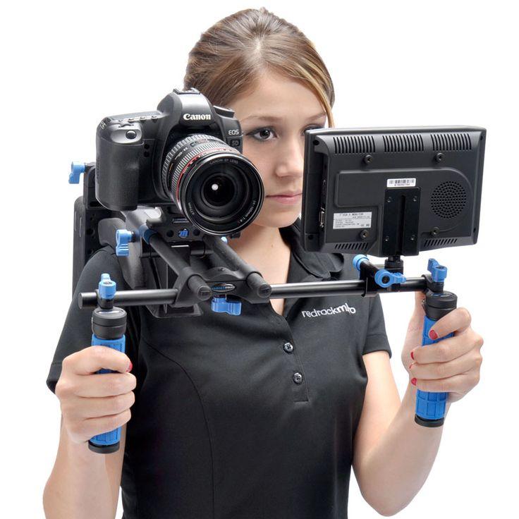 набор для репортажного фотографа после нажатия
