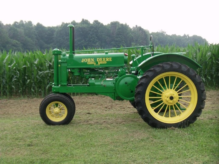 Tractor Supply Fenders : John deere a with round spokes top fenders