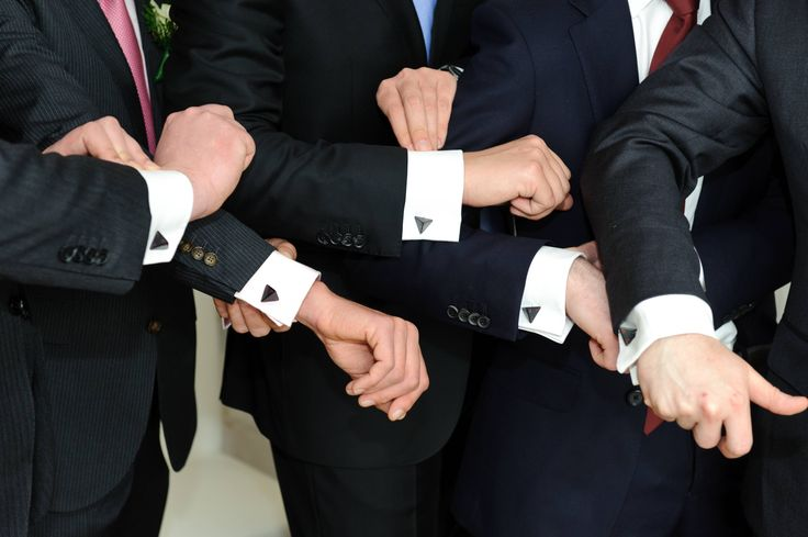 Zelda Triforce cufflinks - Imgur