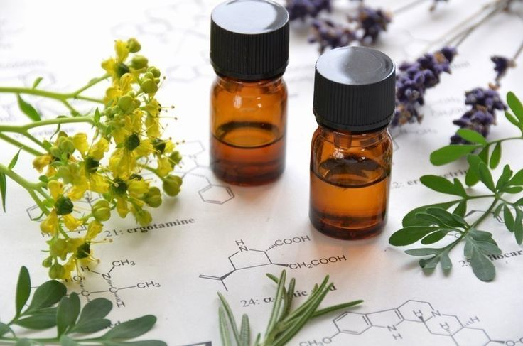Essential Oils - A Guide to Essential Oils for Emotional Balance - Which oils to use when... I want to try Orange and Grapefruit!