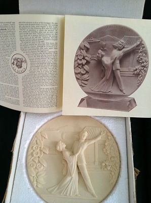Alabaster Italian Madama Butterfly 1977 Opera Collector Plate signed G Ruggeri