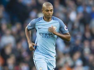 Fernandinho 'to sign new Manchester City deal' #Manchester_City #Football #307805