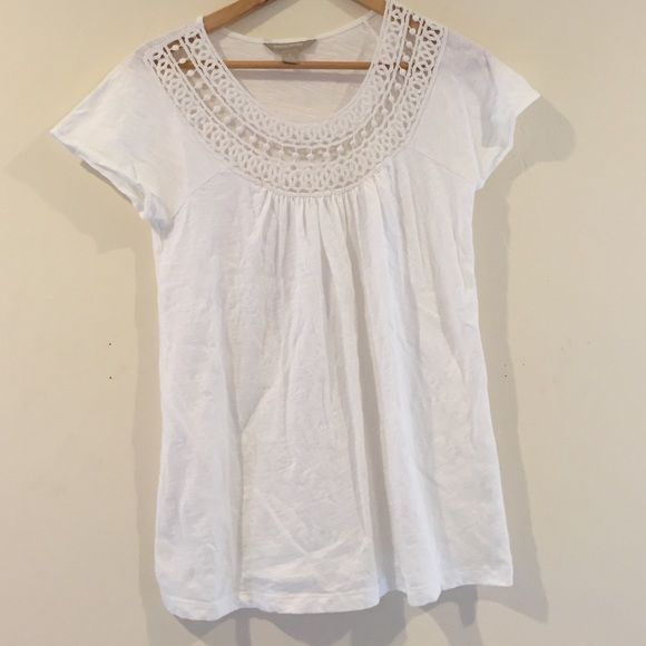 Crochet Tee A great detailed tee to be dressed up or down! 100% cotton Banana Republic Tops Tees - Short Sleeve