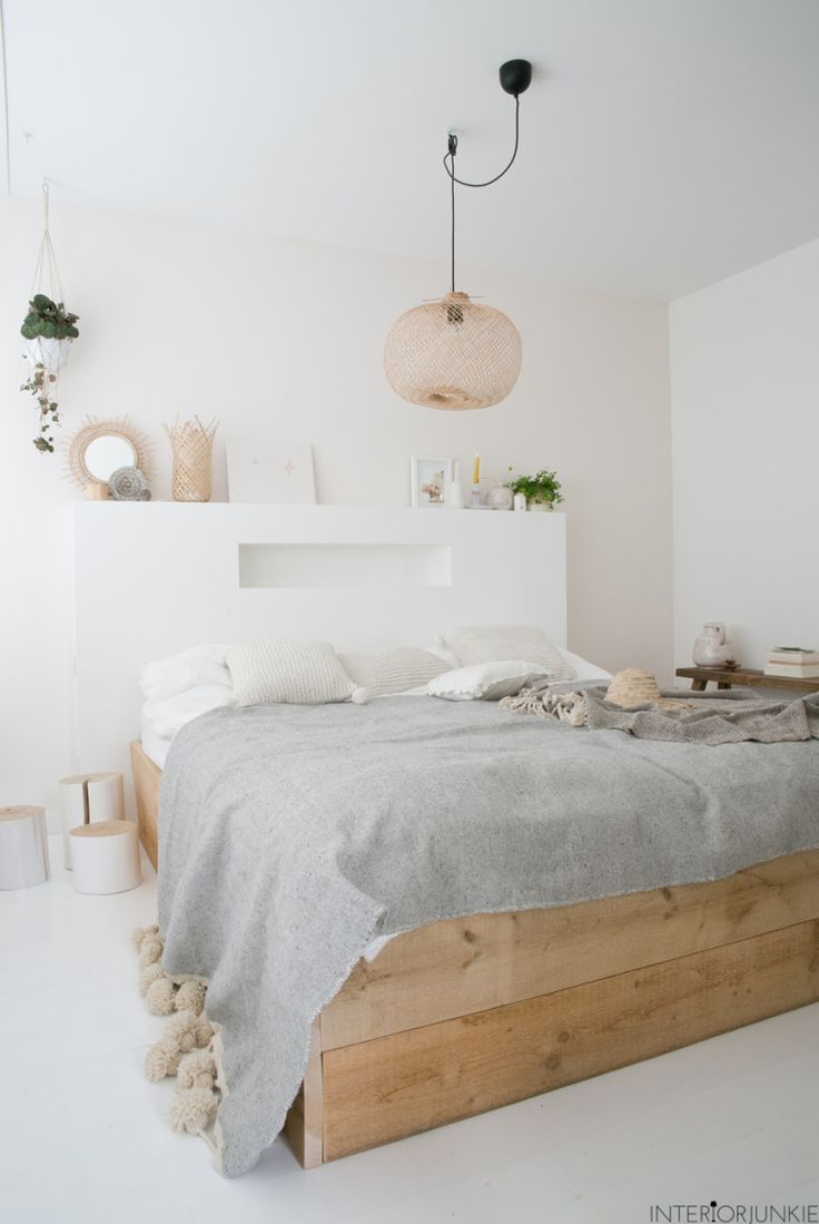 White, grey and dusky pink bedroom