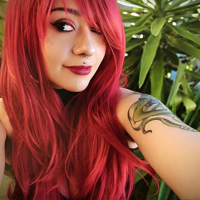 @ebony.jean Looks amazing in Lush style: Cherry Lipgloss  Thank you.  . . #lushwigscherrylipgloss #lushwigs #wig #redhead #redwig #redhair #lushwig  In stock now at Lushwigs.com (link in bio)