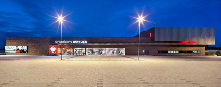 ENGELBERT STRAUSS workwear store by Plajer & Franz, Bergkirchen   Germany store design