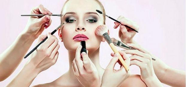 Yüz şeklinize uygun makyaj yapın
