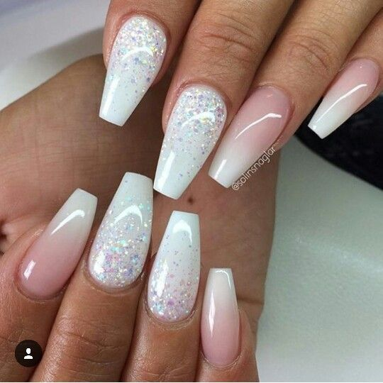 Love these white acrylic nails!