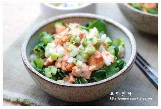 구운연어 보리밥 샐러드
