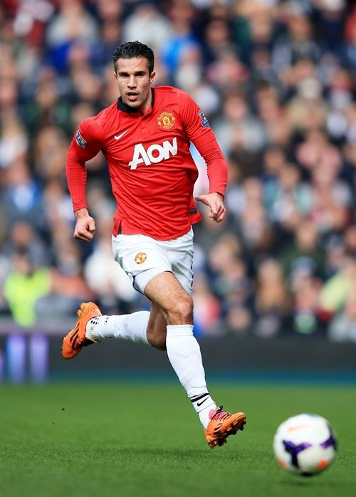 9 Robin van Persie Date of birth:06.08.1983 Place of birth:Rotterdam   Age:30 Height:1,83 Nationality:  Netherlands Position:Striker - Centre Forward Foot:left Market value:35.000.000 £ 40.000.000 €