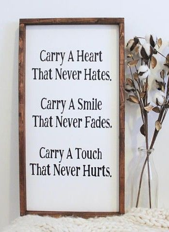Carry A Heart That Never Hates Wood Sign. Inspirational Sign. Living Room Decor. Bedroom Decor. Modern Farmhouse Decor. Wood Signs #ad #quote #fixerupper